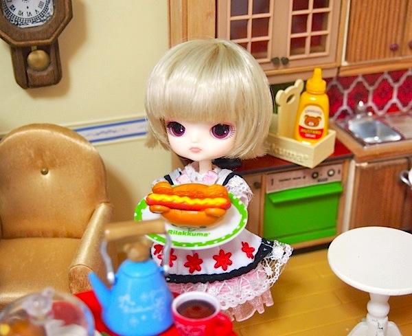 Rilakkuma-burger03.jpg