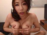 篠田あゆみ 手コキ フェラ 熟女 淫乱 人妻 痴女