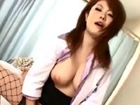 浜崎りお 悶絶 騎乗位 女医 手コキ 爆乳 スレンダー 美女 敏感 淫乱 絶頂