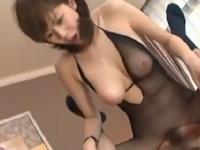 麻美ゆま 爆乳 痴女 エロボディ キュート 淫乱 絶頂 手コキ 騎乗位