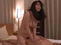 三浦恵理子 キュート 絶頂 人妻 熟女 巨乳 騎乗位 焦らし 淫乱
