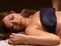 さとう遥希 マッサージ 敏感 ローション 爆乳 絶頂 女の潮吹き 美女