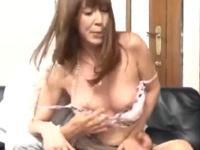 澤村レイコ 無理に 悶絶 熟女 人妻 美乳 中出し