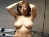 麻美ゆま イマラチオ 無理に エロボディ 爆乳 悶絶 バック 女教師