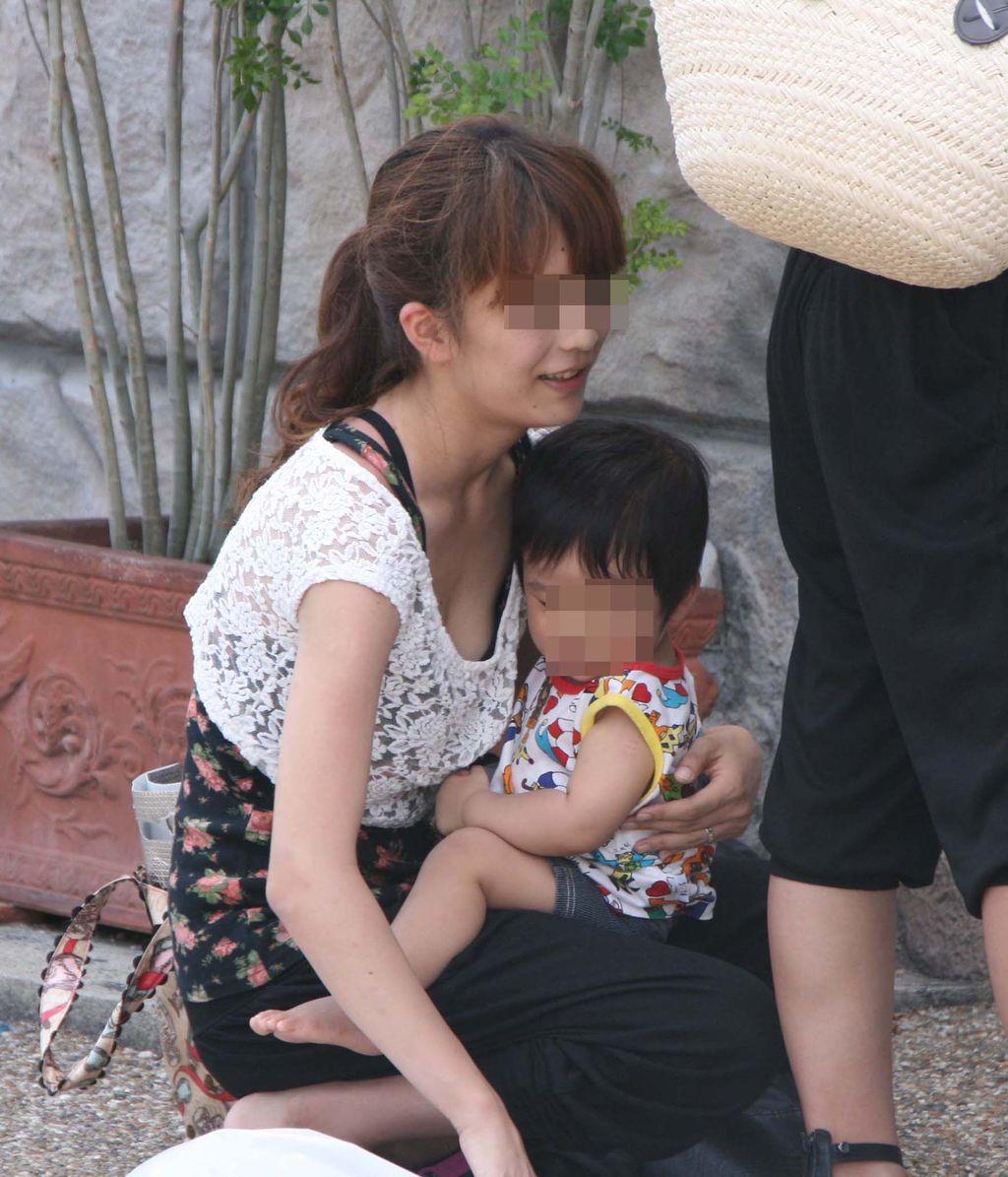 神戸 素人 jc パンツや乳首を盗撮したエロ画像 img001