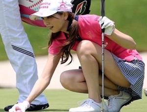 【お宝】女子プロゴルファーのしゃがみパンチラ集めてみたよー!
