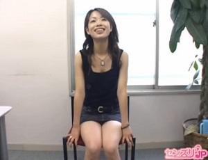 協力的なスケベっ娘!23歳の会社受付嬢リサさんのセンズリ鑑賞