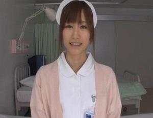 【絵色千佳】白衣の天使と性交 生々しいインタビューの後は病室のベッドでSEXしちゃおう