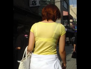 盗撮!街撮り透けブラ人妻&OL ムチムチえっちな昼下がり