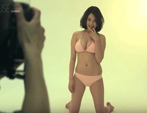【未公開映像】目のやり場に困る…!筧美和子の週刊少年マガジン水着撮影風景