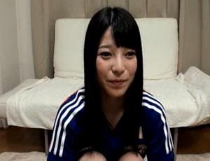【無修正】サッカー日本代表ユニを着た上原亜衣がライブチャットでフェラ抜き披露で口内ゴール!