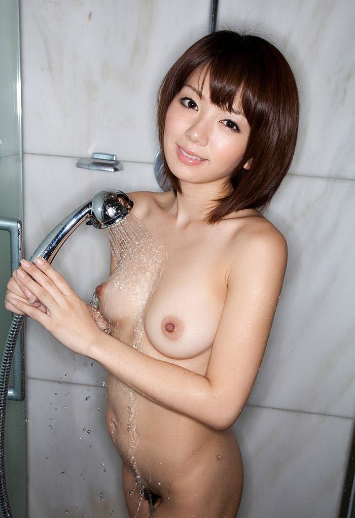 ハメ撮りする前にシャワー浴びてるかのようなエロ画像11