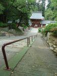 鳥居付近から見た貫前神社の楼門