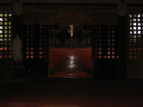 2008年の貫前神社拝殿から見た本殿方向