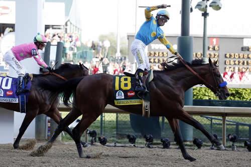 米3冠馬アメリカンファラオ、今年いっぱいで引退