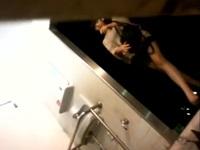 綺麗な顔からは想像できない一本グソを隣のトイレから盗撮【盗撮動画のぞき本堂】
