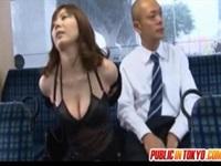 [盗撮]麻美ゆま バスに乗ったら露出の痴女がいました! 痴漢盗撮動画。 Yuma Asami gets fucked - 8 min【盗撮動画のぞき本堂】
