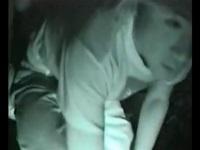 野外で発情するカップルが暗視カメラを発見する姿を盗撮【盗撮動画のぞき本堂】