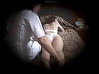 旦那とセックスレスのおばさんマッサージ譲がイかされちゃう!【エロマッサージ動画無料専門】