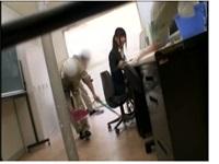 [盗撮]残業中のOLに媚薬を嗅がせたら発情した!企画フェチ動画です。【盗撮せんせい】
