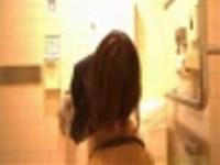 デパートトイレで素人さんが放尿するところを盗撮【Drオソ松流出もの】-1