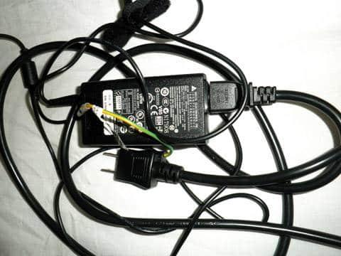 ノートパソコン用電源コード