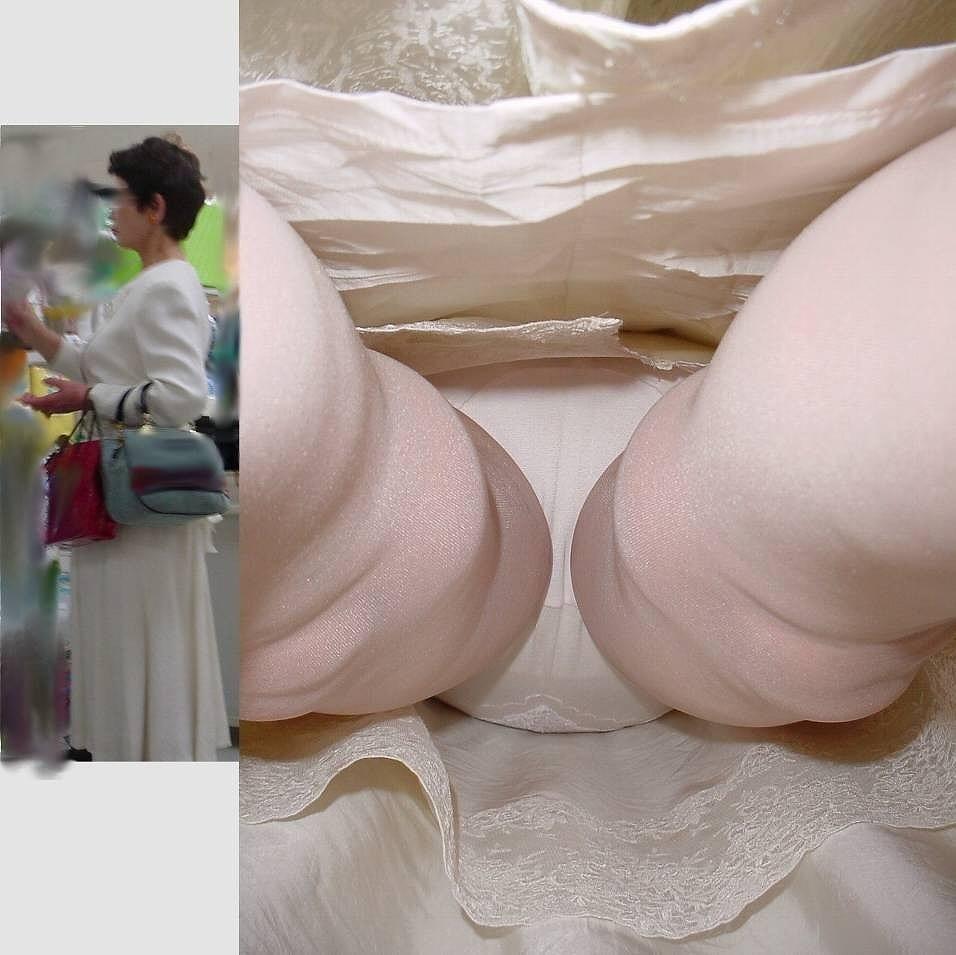 逆さ撮りパンチラjyukujyos02_0055.jpg
