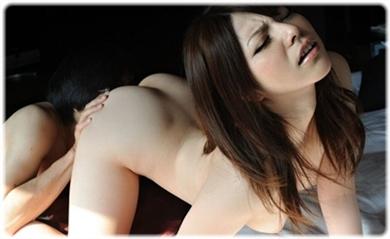 欲望に負けじと歯をくいしばる女たちの無料エロ画像00078
