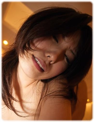 欲望に負けじと歯をくいしばる女たちの無料エロ画像00207