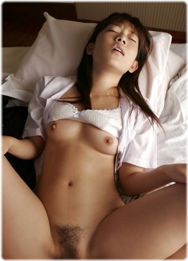 美女sex耐える無料エロ画像0387