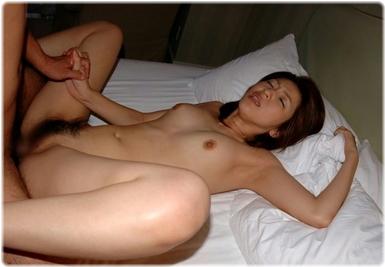 美女sex耐える無料エロ画像0487