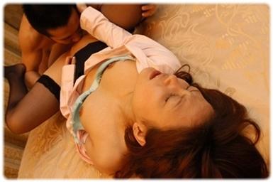 美女sex耐える無料エロ画像0613