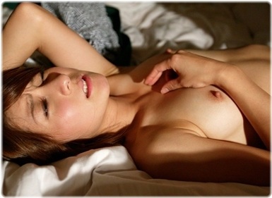 美女sex耐える無料エロ画像0672