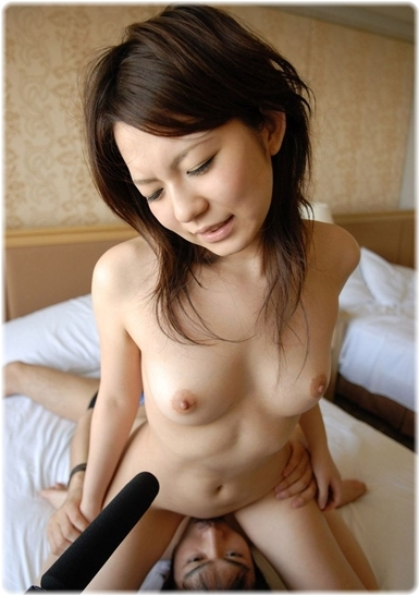 美女sex耐える無料エロ画像0675