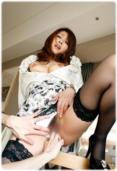 美女sex耐える無料エロ画像0696