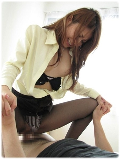 美女sex耐える無料エロ画像0830