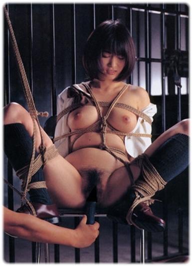拘束緊縛SM無料エロ画像0062