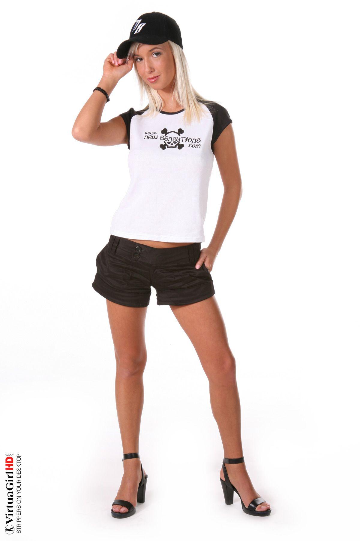 Natali Blond NEW SENSATIONS 01