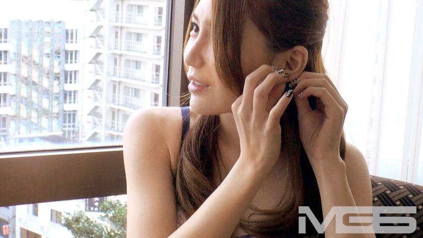 朝日美玲 26歳 製薬会社MR 03
