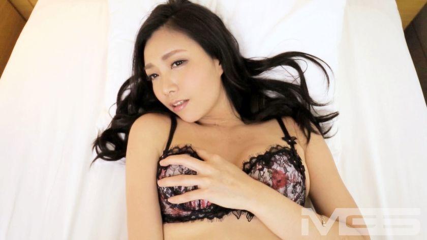 安室小雪 36歳 経営者 03