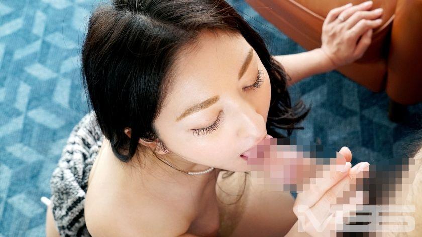 橘咲希 38歳 宝石関係 06