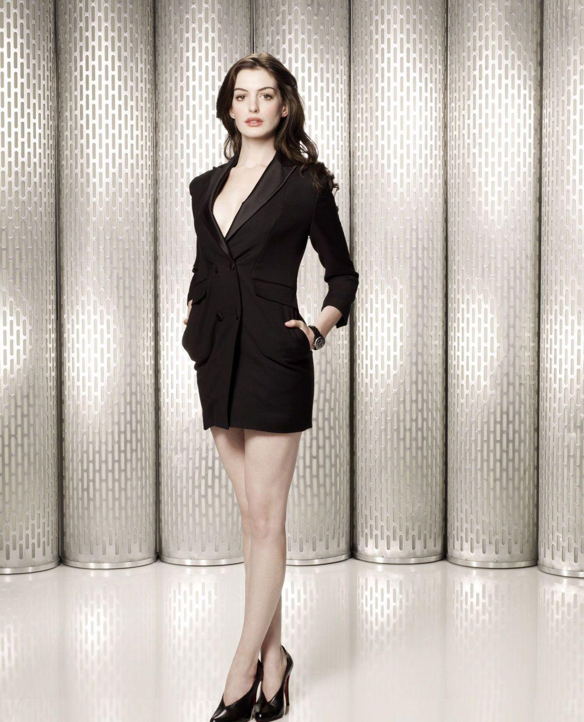 Anne Hathaway 02 22