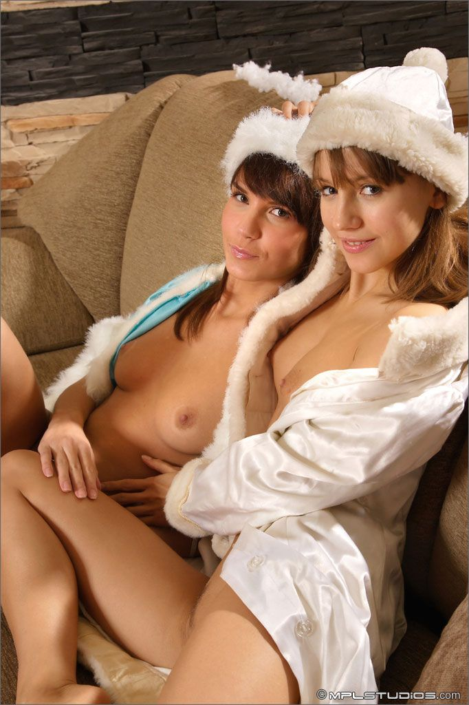MPL Studios - Nata, Alisa - HOLIDAY TREATS 01