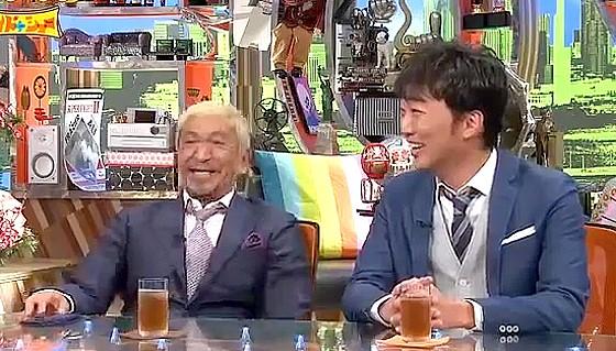 ワイドナショー画像 スピードワゴン小沢一敬が東野幸治の質問を無視して松本人志の質問に答える 2016年8月7日