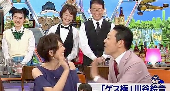 ワイドナショー画像 おばさんジャスチャーでじゃれ合う東野幸治と秋元優里アナ 2017年5月7日