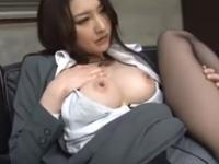 無理に乳首を吸われ悶絶する美人【水嶋あずみ】美尻をスパンキング