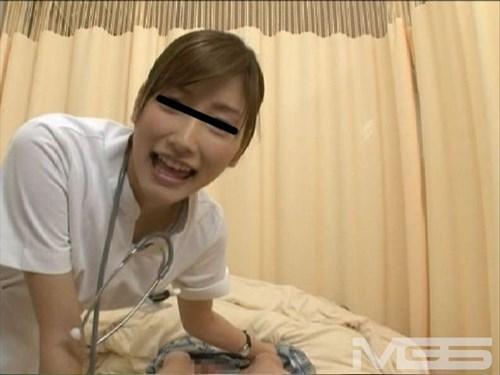 こんな病院なら即入院したい!スレンダー美人の新人ナースの口淫&騎乗位がエロすぎ!!